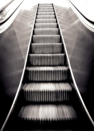 http://lifeinthemiddle.typepad.co.uk/life_in_the_middle/images/escalator.jpg